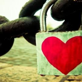 El miedo a la soledad y una droga, el amor: Dependencia emocional.